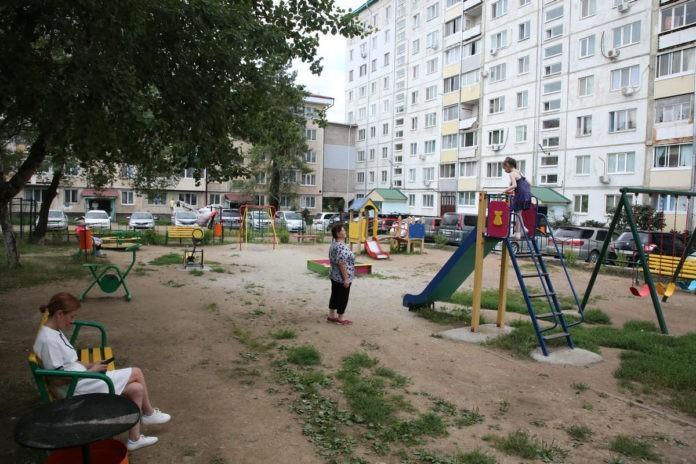 Двор по улице Ленинской, 12 А