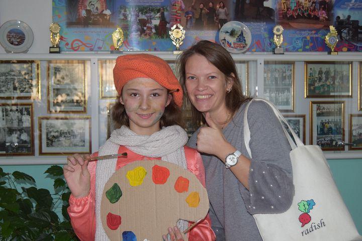 Преподаватель и ученица Оксана Ермакова и Анастасия Приймак