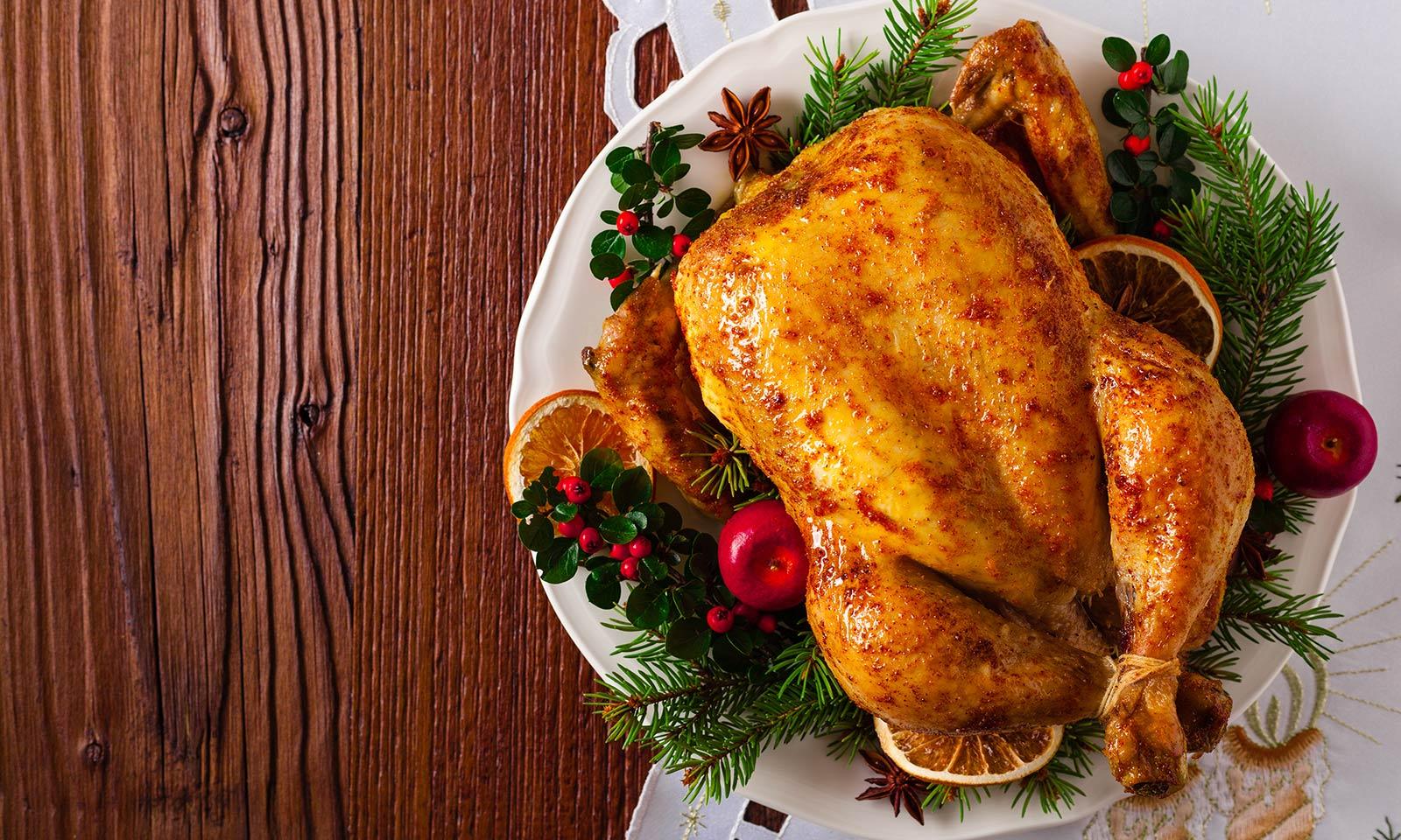 Курица, индейка, крорлик, телятина на новогоднем столе предпочтительнее свинины