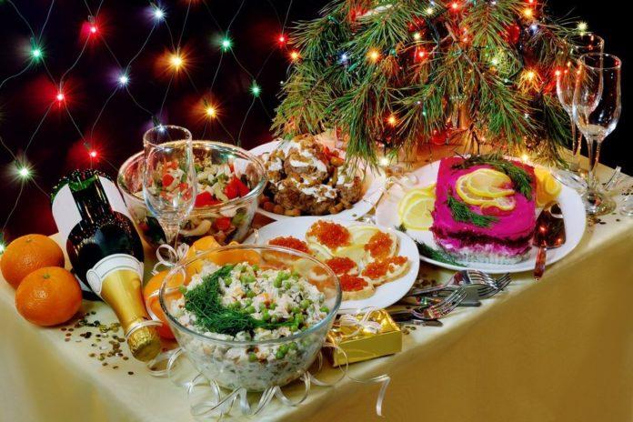 традиционный новогодний стол