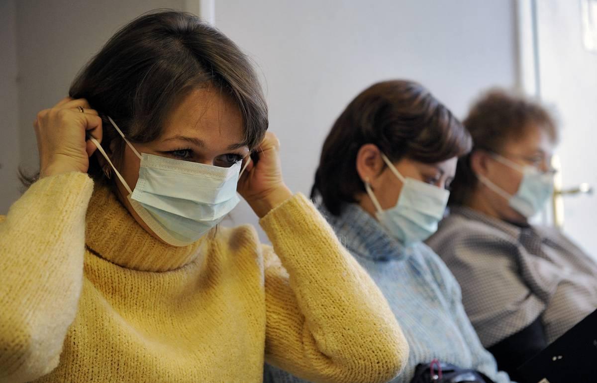 Маска - незаменимый атрибут во время эпидемии ОРВИ и гриппа