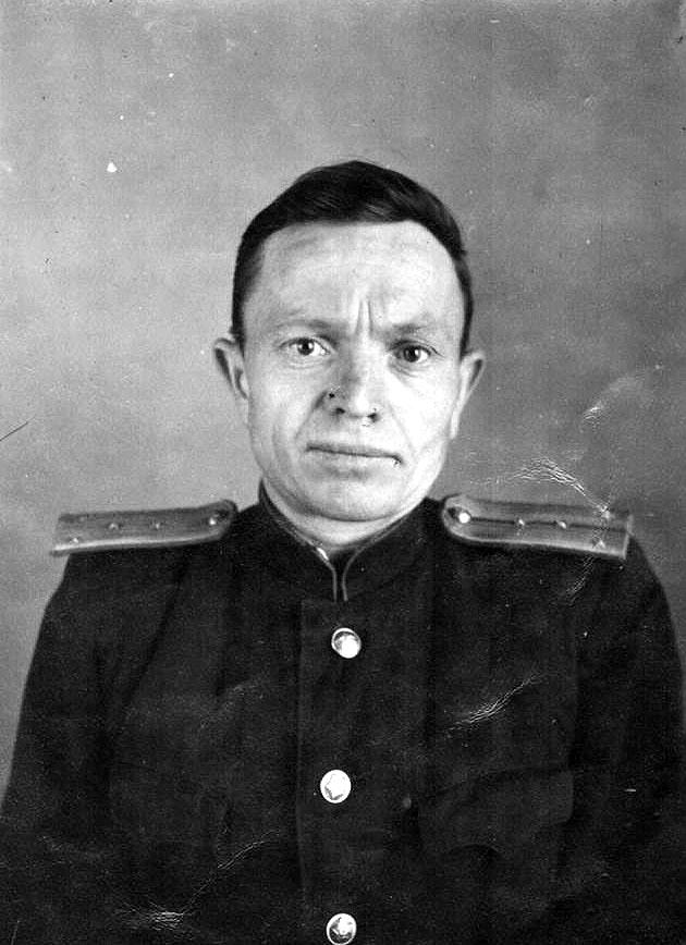Аксенов Максим Дмитриевич