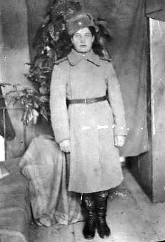 Калитина Анна Павловна - в военной форме
