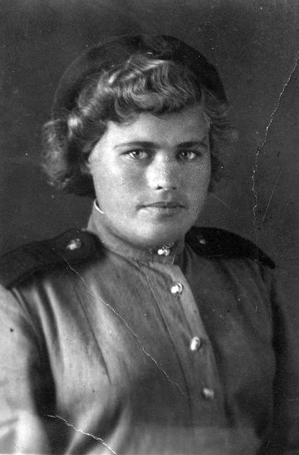 Соболева Мария Ильинична 1944г