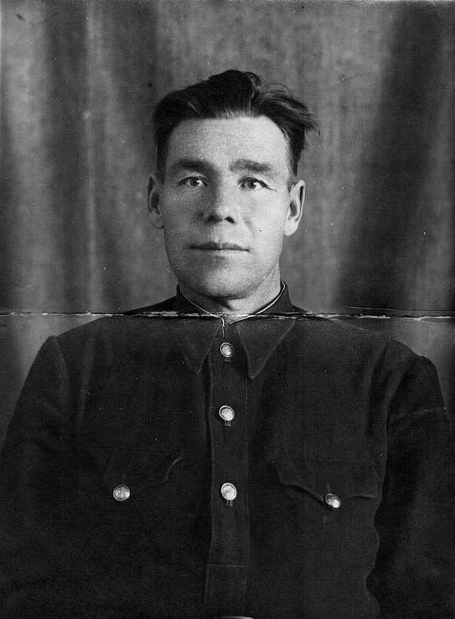 Тенников Серафим Дмитриевич