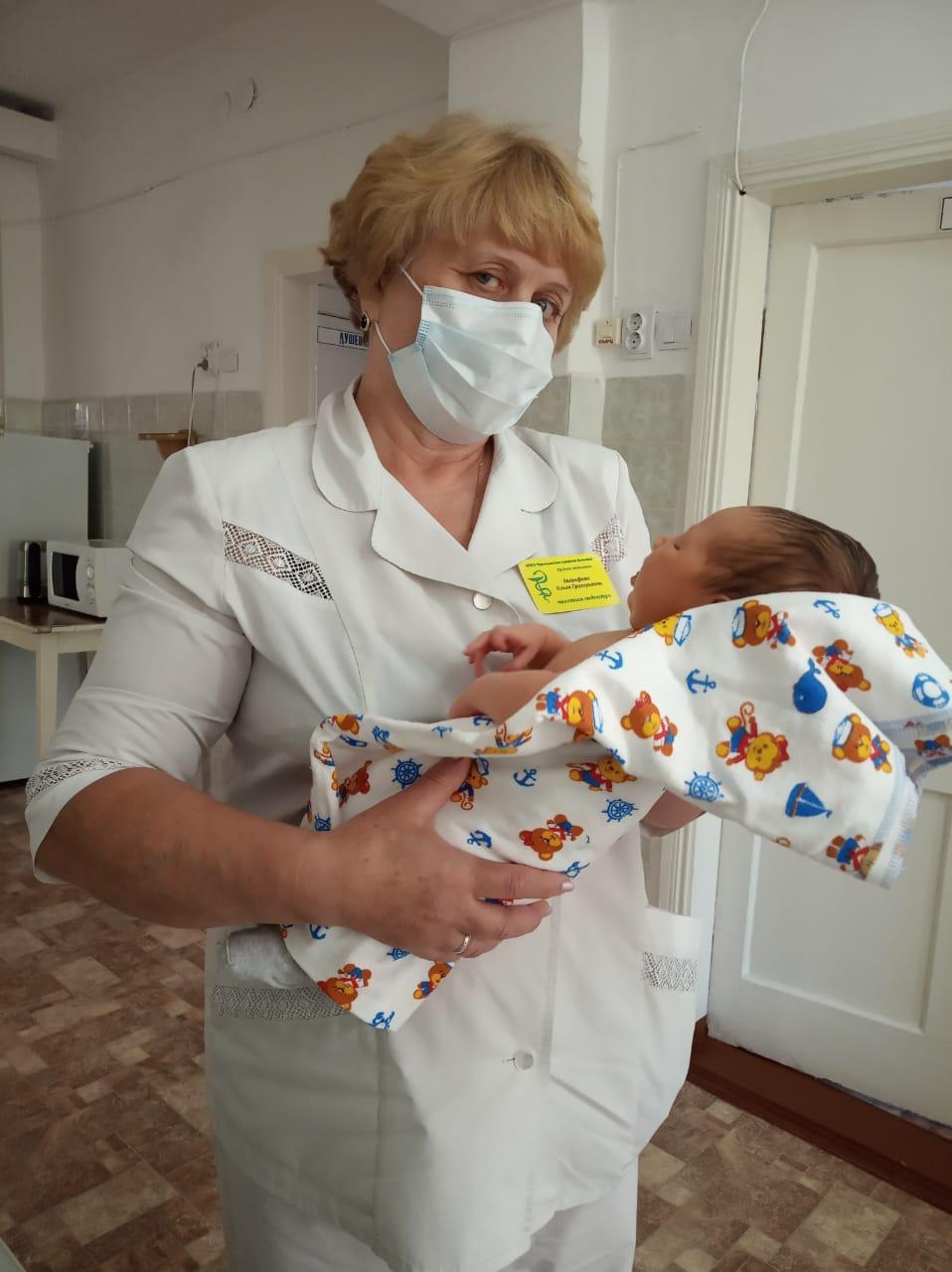 Младенцам нужна помощь, её - Ольги Григорьевны - помощьн